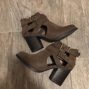 Brown booties size US 5.5 worn once
